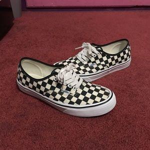 Men's Vans Classic (Checkered)